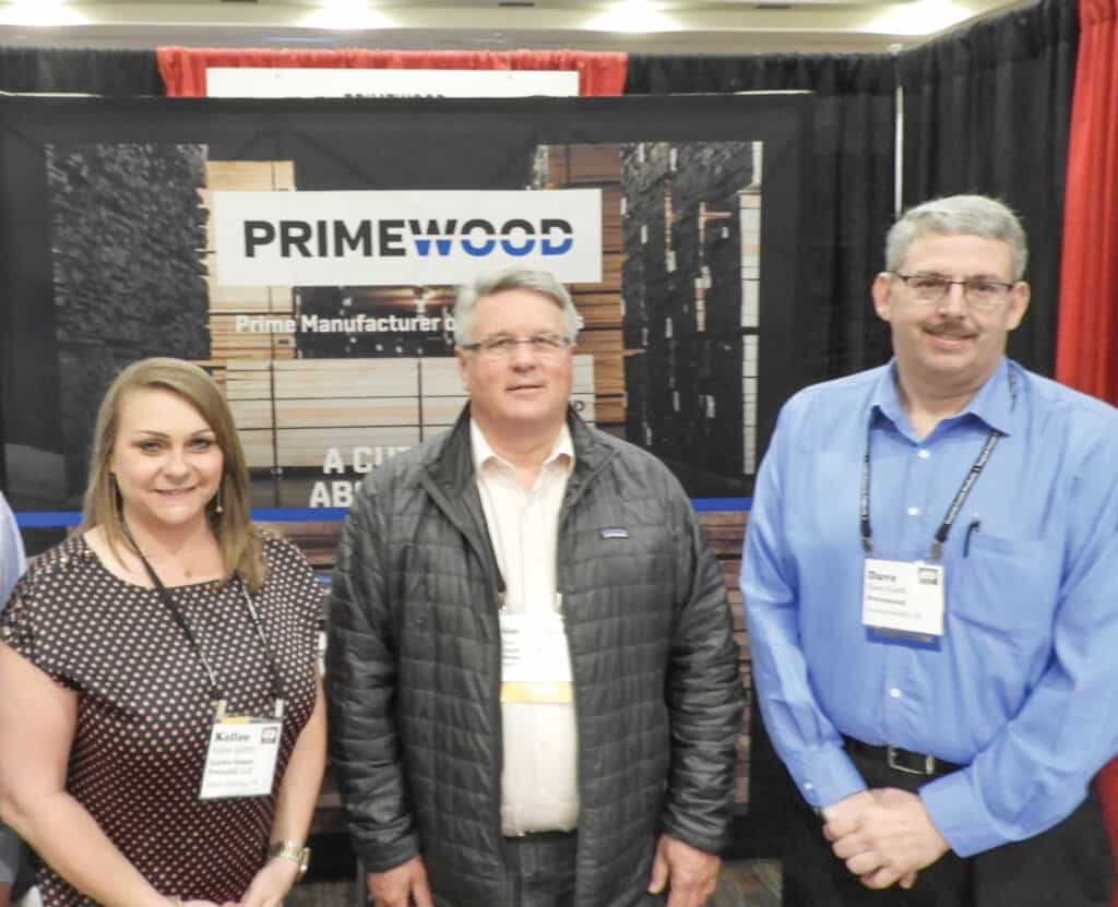 Kellee Griffith and Gene Hamaker, Cardin Forest Products LLC, South Pittsburg, TN; and Dave Kuehl, Primewood, Drummondville, QC