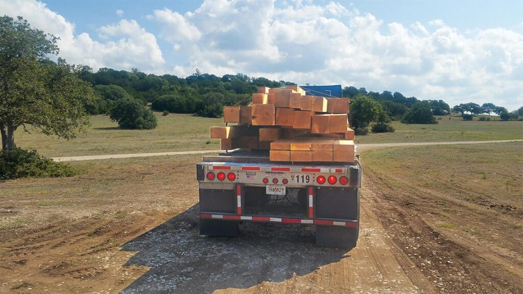 Sharpened logistics and good customer communication ensure that Pelican Bay's products arrives and is delivered to the project site on time.